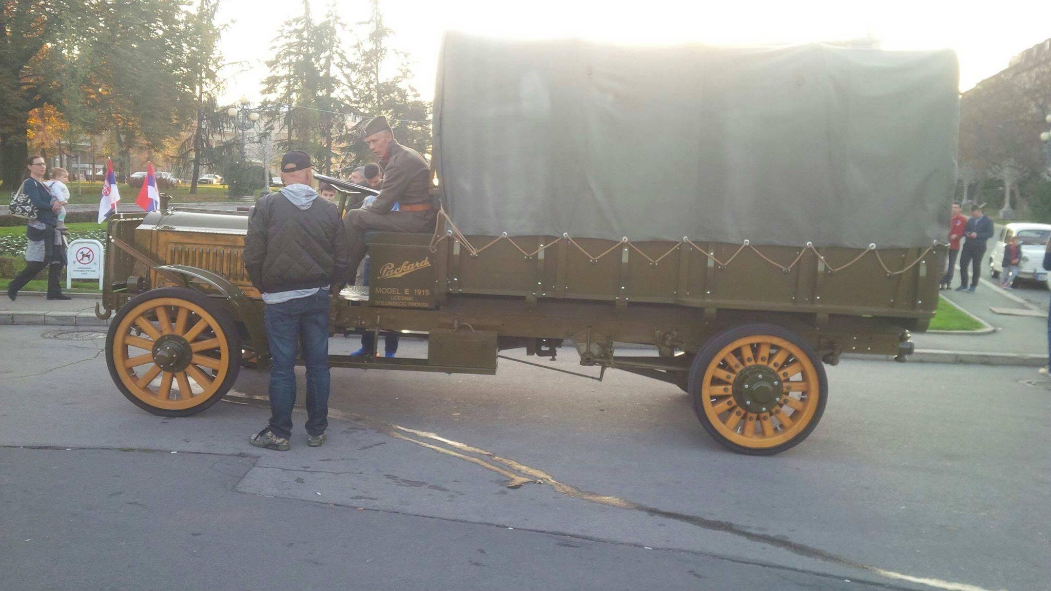 Камион Пакард