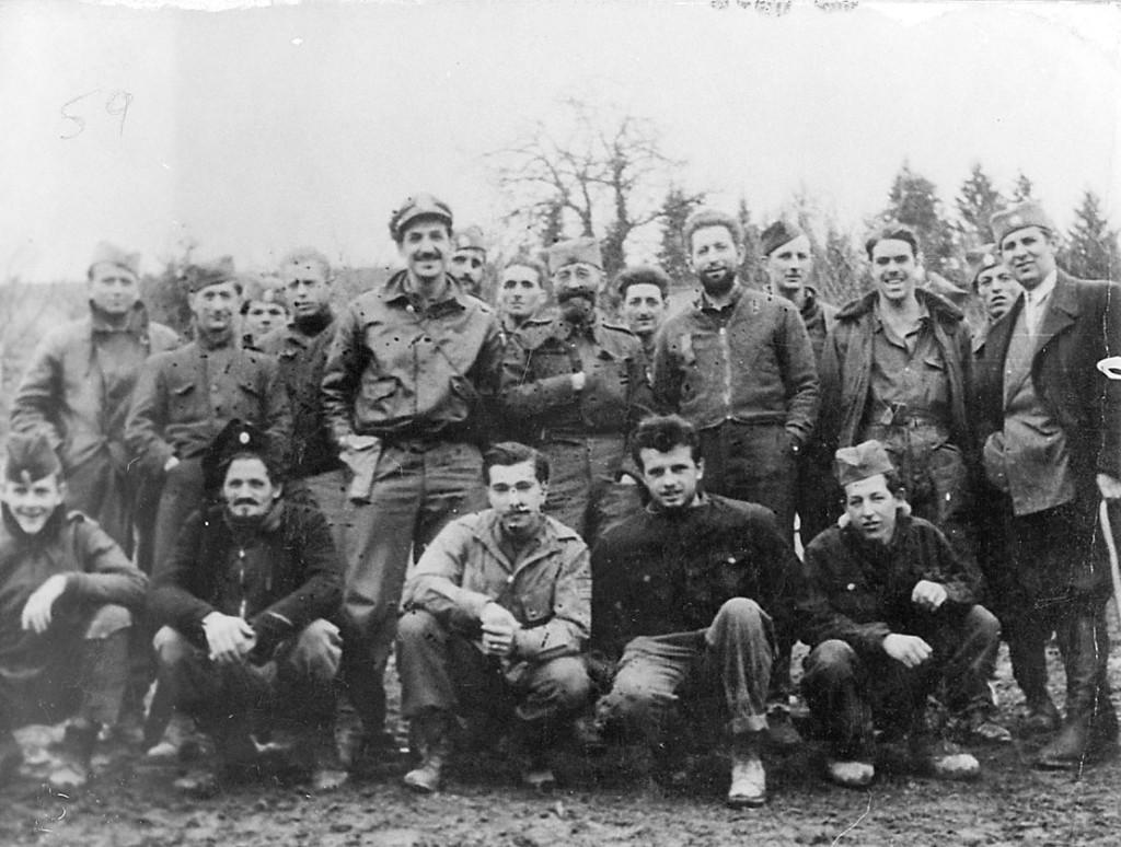 Операција Халијард Драгољуб Михаиловић са спасеним америчким пилотима