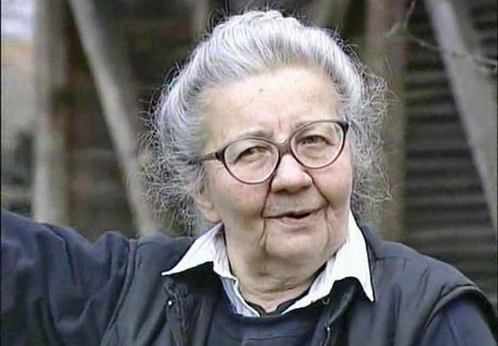 Бранислава Божиновић - Жена која је доказала да је србски језик најстарији на свету