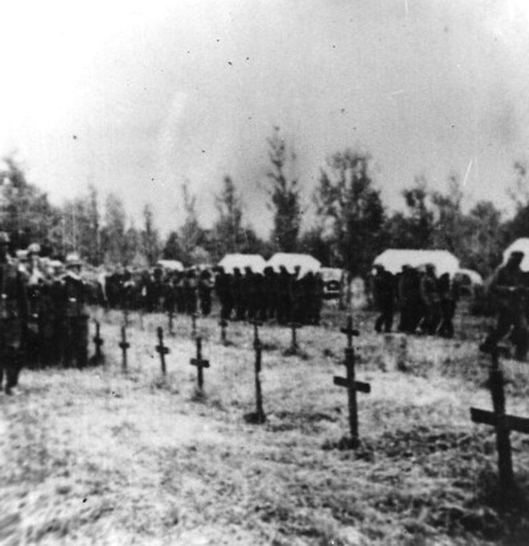 Сахрана немачких војника у Крагујевцу