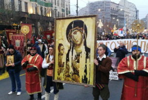 Подршку СПЦ у ЦГ послало десетине хиљада људи у Београду
