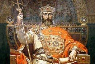 обновити монархију